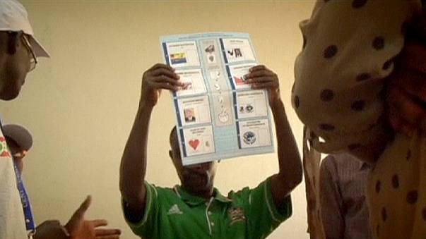 El presidente de Brurundi Nkurunziza se agarra a unos resultados electorales dudosos