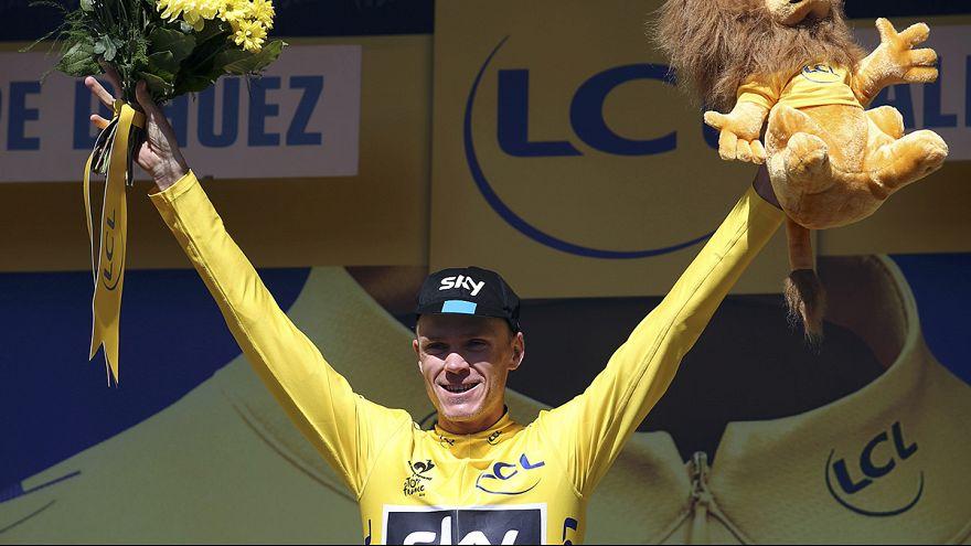 """Тибо Пино выиграл финиш на """"Альп Дюэз"""", Крис Фрум - де-факто чемпион """"Тур-де-Франс"""""""