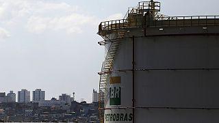 Petrobras yöneticileri hapse atıldı