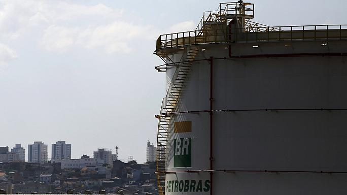 Brazil: Charged Petrobras executives transferred to prison