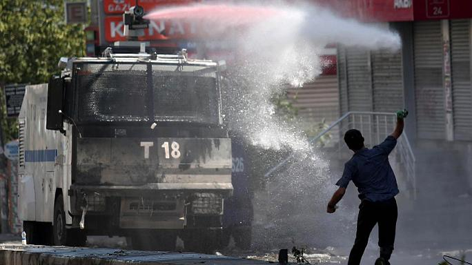 Tension in Turkey amid anger over airstrikes on Kurds and mass arrests