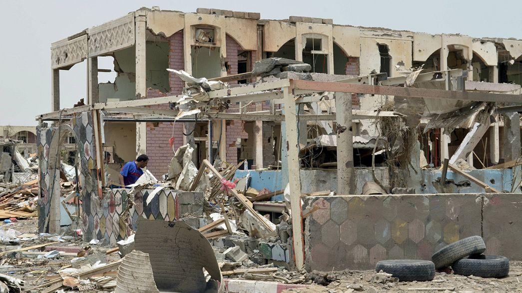 Los combates continúan pese a la tregua humanitaria en el Yemen