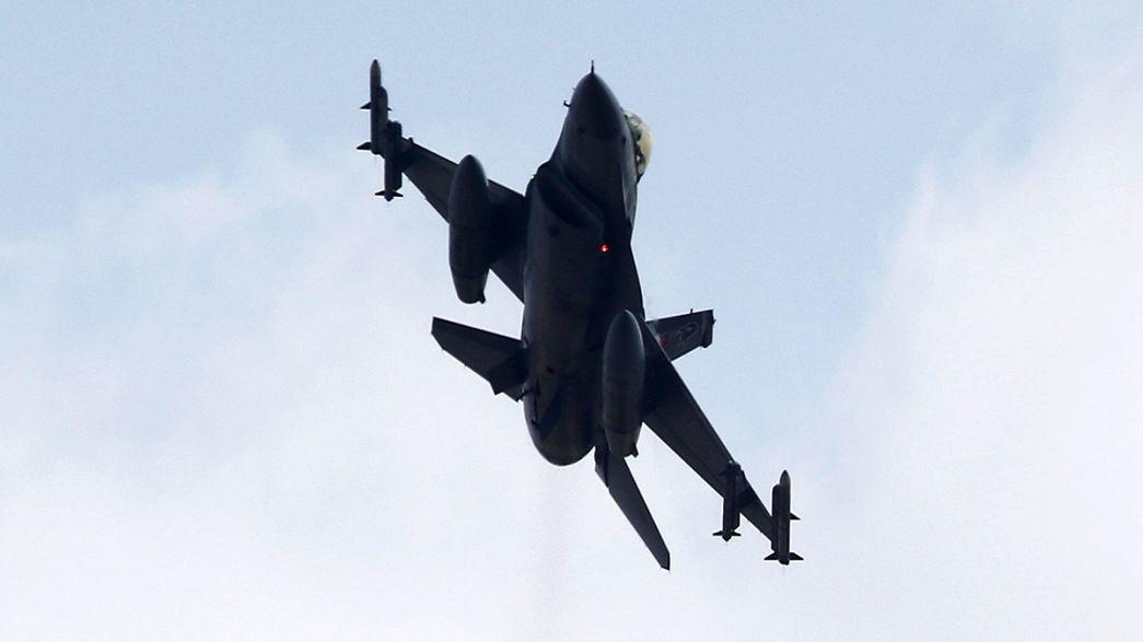 Türkei: Neue Angriffe auf PKK und IS-Miliz
