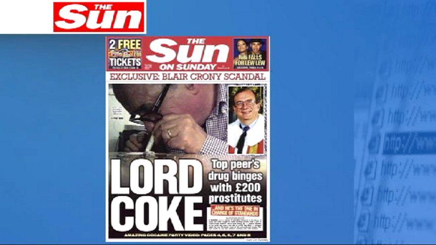 Lord britânico renuncia depois de ser apanhado a consumir cocaína com prostitutas