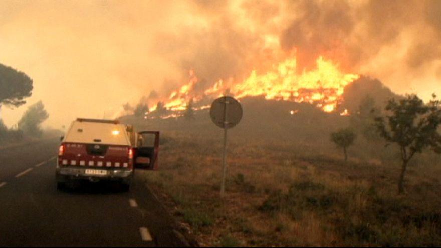 Espanha e França lutam contra os primeiros grandes incêndios de verão
