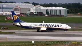 Ryanair aims to boost passenger numbers to 103 million in 2015