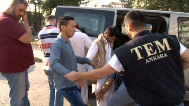 تركيا: اعتقال 11 أجنبياً يشتبه بإنتمائهم لداعش