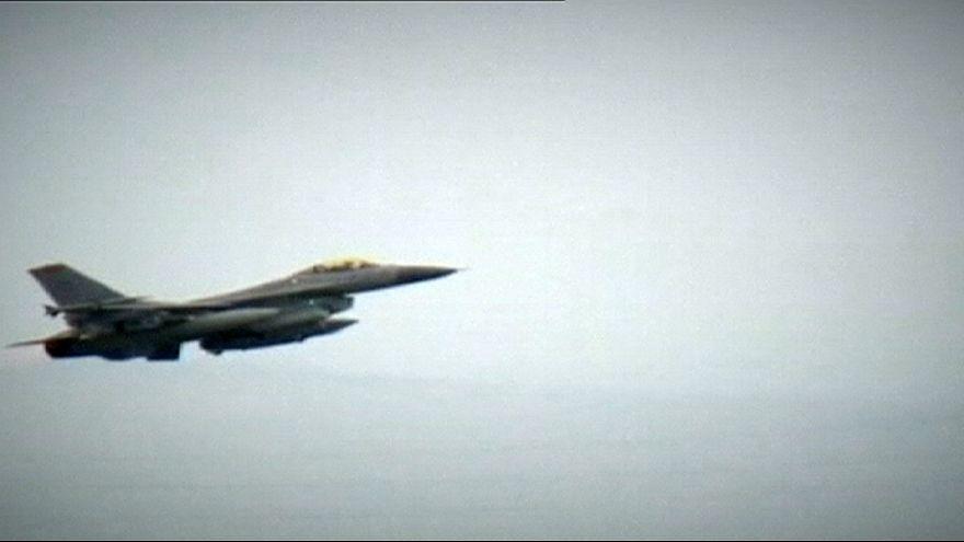 Por que a Turquia bombardeia as posições do PKK