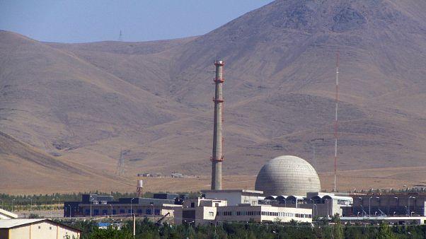 بحث بر سر محتوای توافقنامه هسته ای در ایران ادامه دارد