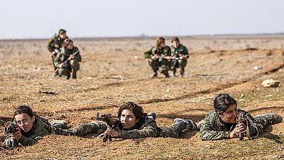 Kurdish women fighting ISIL on the frontline