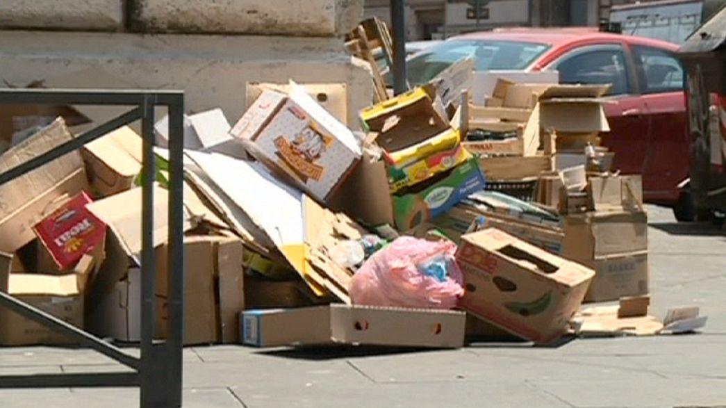روما تغرق في فوضى تسيير الفضلات