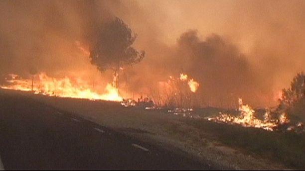 Waldbrände: 10.000 Camper in Frankreich evakuiert