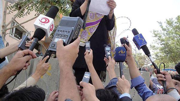 رسانه های آزاد افغانستان در بند وابستگی  یا سقوط