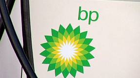 BP profits hit by low oil prices and high compensation