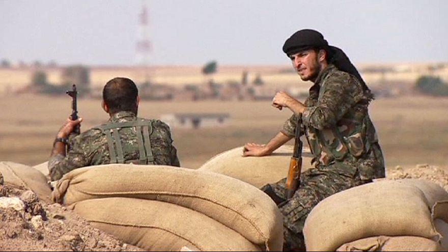 """Турция: война на два фронта - против боевиков """"ИГ"""" и курдских формирований"""