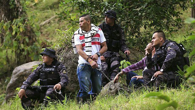 الحكومة الكولومبية تبدأ باستخراج جثث ضحايا النزاع المسلح في ميديلين
