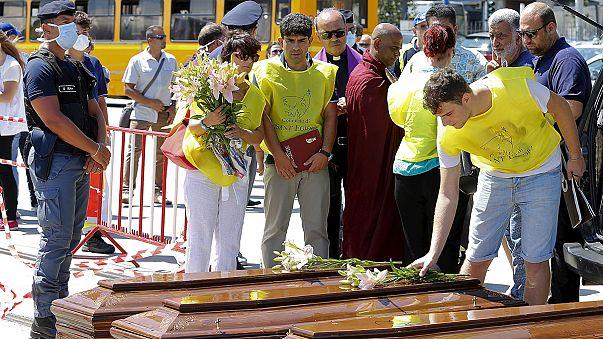 Italia recibe a más de 1.400 inmigrantes en 24 horas, 14 muertos