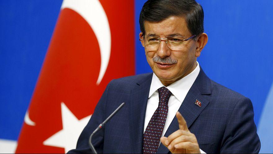 Turquia: Mantém campanha militar contra o PKK