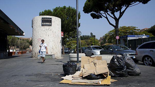 Roma'da çöp ve ulaşım krizi derinleşiyor