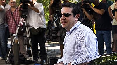 Tsipras warns Syriza anti-bailout rebels of possible early Greece election