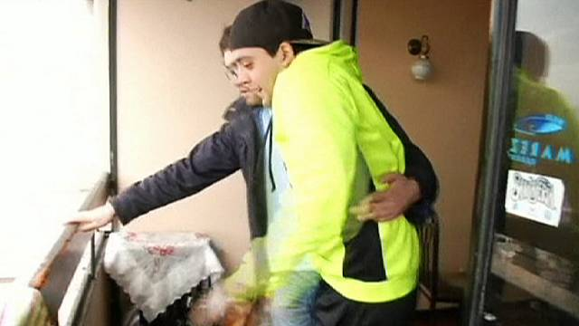 Chile man survives '17th floor' balcony fall