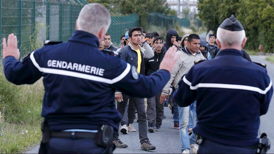 Imigração: Reforço policial não garante luz ao fundo do eurotunnel