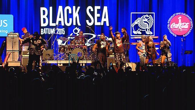 George Clinton és Snoop Dogg Batumiban - Black Sea Jazz Festival