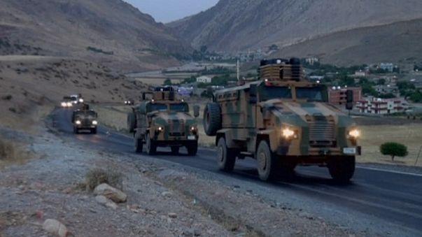 مقتل ثلاثة جنود أتراك جنوب شرق تركيا و الطيران التركي يقصف مواقع كردية شمال العراق