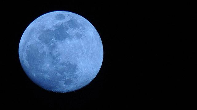 Explainer: why the blue moon will not be blue