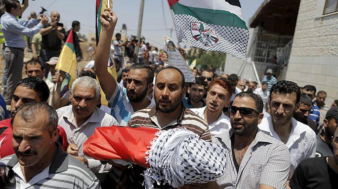 Eltemették a halálra égett palesztin kisfiút - Izrael is terrortámadásról beszél