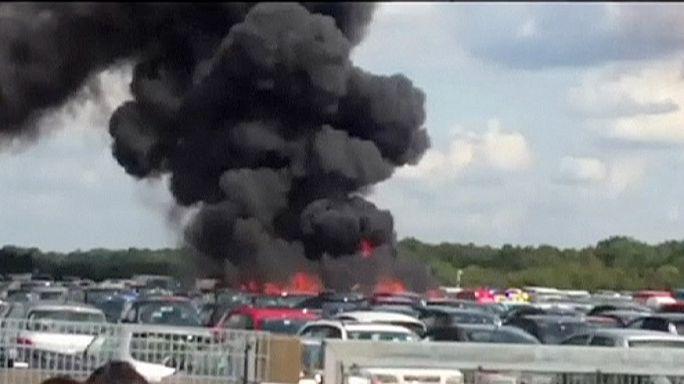 Великобритания: на борту упавшего самолета были родственники Усамы бен Ладена?
