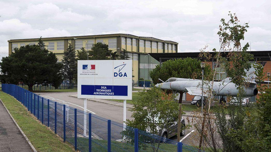 Volo Malaysia Airlines: arrivati a Parigi i frammenti di un'ala