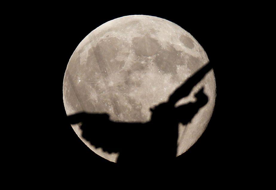 L'ange de la Lune bleue