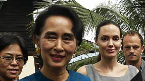 Aung San Suu Kyi welcoms Angela Jolie to Myanmar