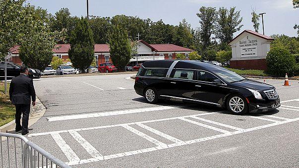 Discreto funeral de la hija de Whitney Houston