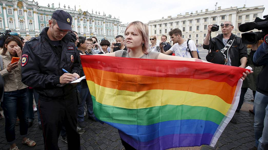 Varios homosexuales rusos, detenidos en San Petersburgo cuando intentaban manifestarse
