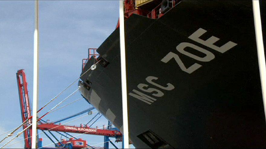 أكبر سفينة شحن في العالم كورية الصنع تدشن في همبورغ
