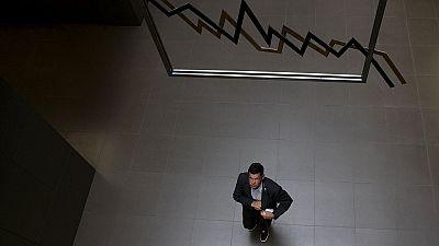 Après cinq semaines de pause, la Bourse d'Athènes plonge pour sa réouverture