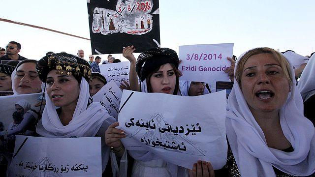 احتجاجات للايزيديين بحلول الذكرى الاولى لاحتلال سنجار