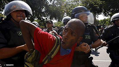 Amnesty International: Polizei tötet junge Männer in Rios Armenvierteln