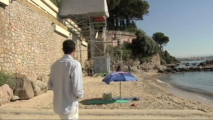 Polemica sulla spiaggia privatizzata, il re saudita abbandona la Francia