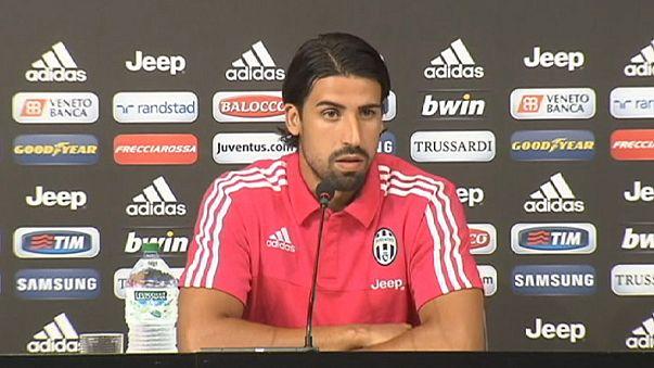 Juventuslu Sami Khedira iki ay sahalardan uzak kalacak