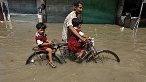 Fatal floods batter India, Myanmar, Pakistan, Vietnam and Nepal