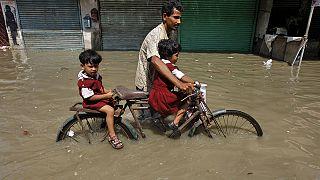 India orientale e Myanmar devastati dalle inondazioni