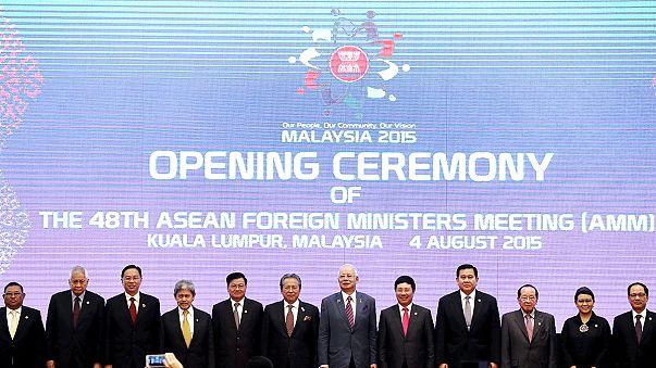 Területi vita az délkelet-ázsiai miniszterek napirendjén