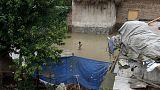 Китай, Мьянма, Индия, Непал борются с наводнениями и оползнями