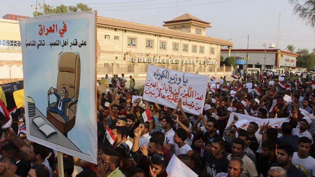 Irak: Tömegtüntetés a pokoli hőségben