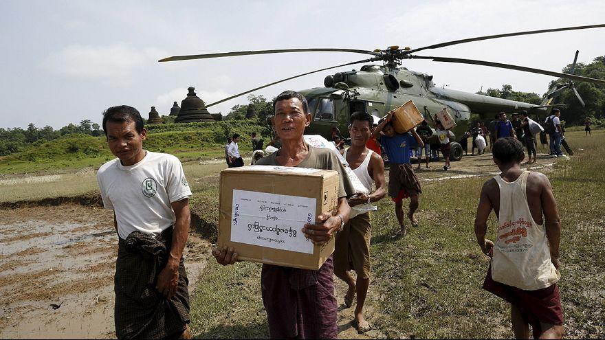 Мьянма после наводнения просит мир о помощи