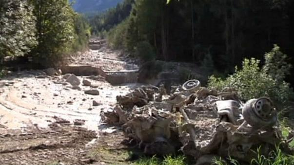 مقتل 3 أشخاص جراء انهيار ارضي في جبال الالب الايطالية