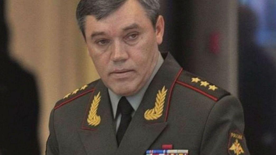 قائد القوات المسلحة الروسية مطلوب أمام القضاء الأوكراني